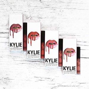 Velvets-Kylie-Cosmetics