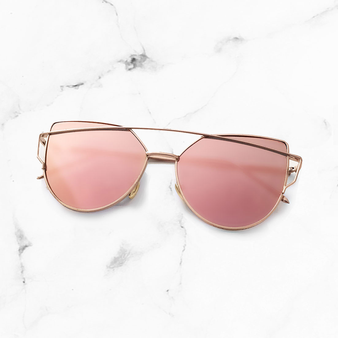 Chloe Gold Frame Sunglasses : 01RoseGold